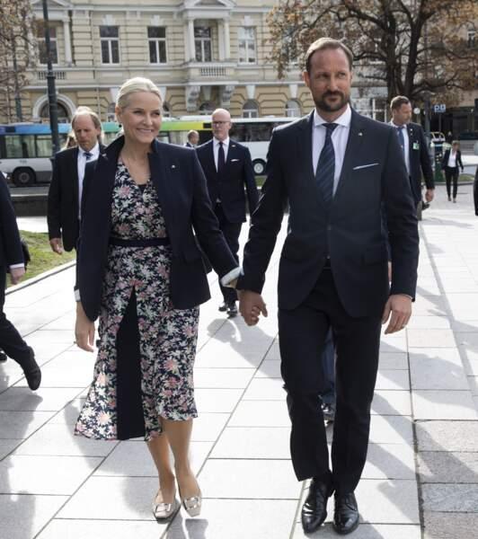 Le prince Haakon et la princesse Mette-Marit de Norvègeen visite à Vilnius, le 24 avril 2018.