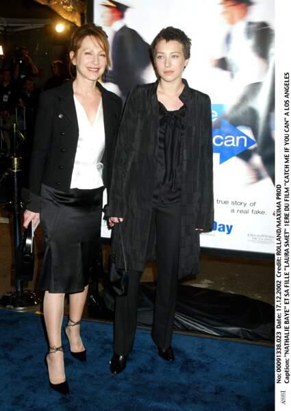 Avec Nathalie Baye, sa mère.