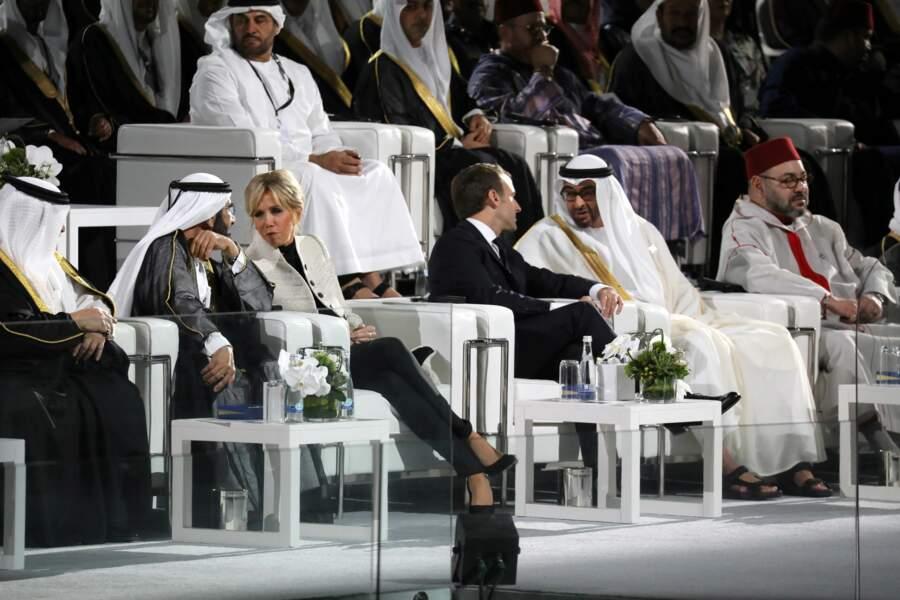 La Première dame s'est entretenue avec le ministre de la Défense des Émirats arabes unis.