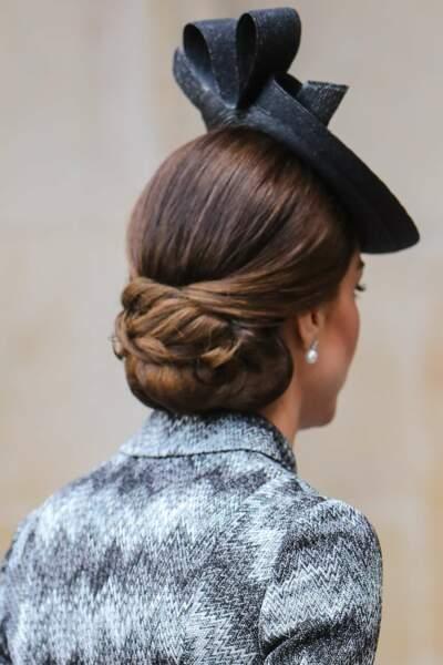 Le chignon travaillé, LA coiffure pour rester élégante en toutes occasions