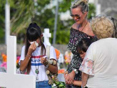 Photos - Laeticia Hallyday et ses filles Jade et Joy : leur dernière visite sur la tombe de Johnny avant de quitter Saint-Barth