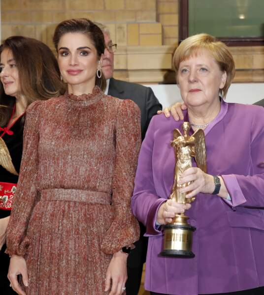 Rania de Jordanie a craqué pour Maria Tash la marque d'une pierceuse et joaillière américaine