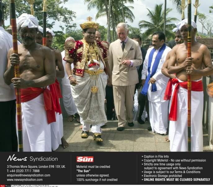 En 2013, c'est accompagné de Camilla que Charles a renouvelé son voyage en Inde