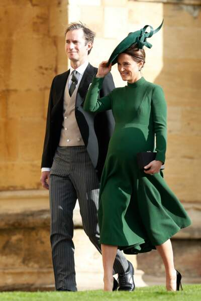 Pippa Middleton (enceinte) et son mari James Matthews, lors du mariage d'Eugenie d'York le 12 octobre 2018