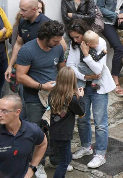 Natasha St-Pier , son mari et leur enfant