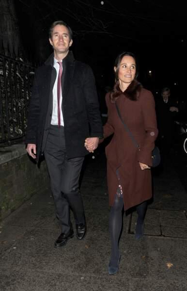 Une façon de rappeler que les Middleton, plutôt discrets ces derniers mois, soutiennent la duchesse de Cambridge