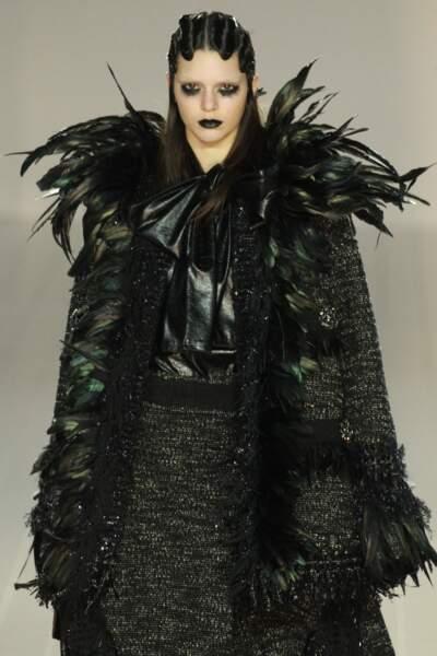Kendall Jenner ultra-dark lors du défilé automne-hiver 2016-2017 Marc Jacobs