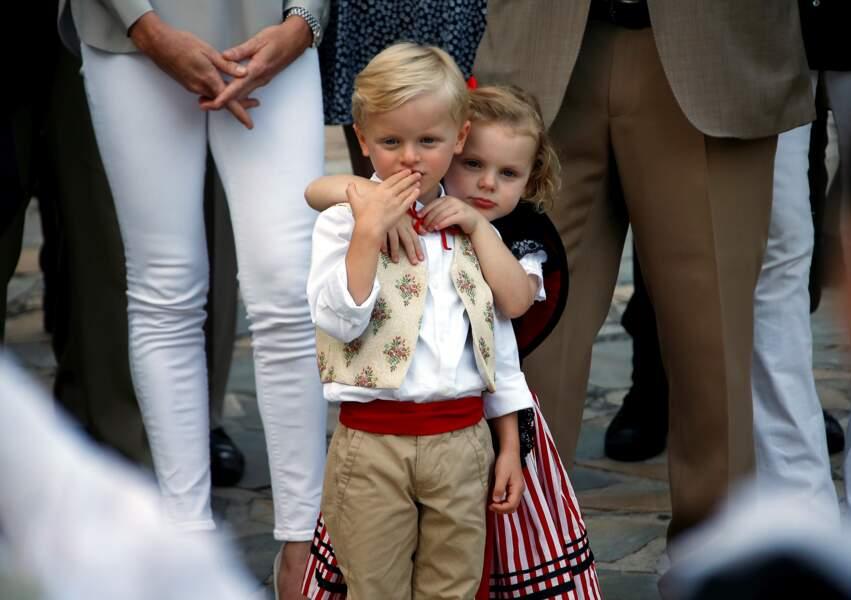 Jacques et Gabriella de Monaco en costumes traditionnels, lors du pique-nique des Monégasques, le 31 août 2018