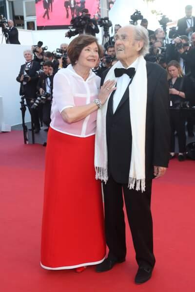"""Macha Méril et Michel Legrand lors de la montée des marches du film """"Les Fantômes d'Ismaël"""" en 2017"""