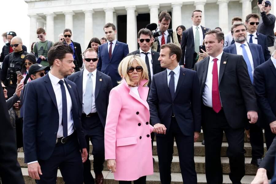 Le bodyguard de Brigitte Macron fait le buzz