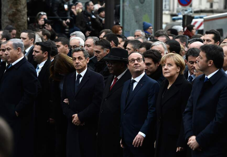 Cortège présidentiel avec François Hollande, Angela Merkel, Nicolas Sarkozy et Carla Bruni