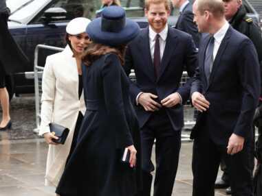 Meghan Markle, les princes Harry et William, Kate Middleton et la Reine radieux au Commonwealthday