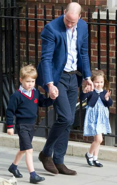 23 avril dernier: les aînés de Cambridge viennent voir leur petit frère, tout juste né, à l'hôpital St Mary's.