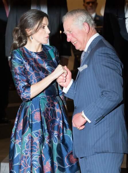 Le prince Charles et la reine Letizia d'Espagne se sont montrés très complices ce mercredi 11 mars à Londres