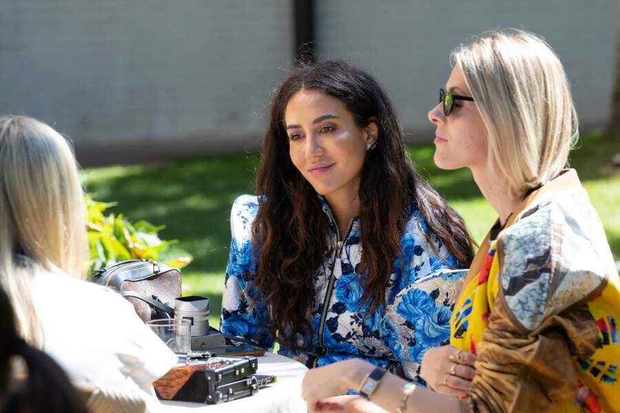 Tamara Kalinic et Sofie Valkiers se retrouvent dans les jardins de la maison Louis Vuitton.