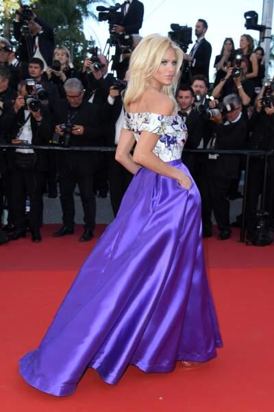Victoria Silvstedt : Christophe Guillarmé, bijoux Neuhaus, maquillée par Make-Up Forever...