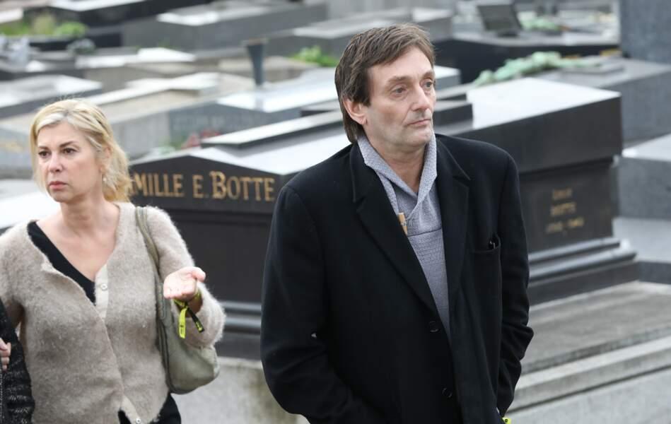 Michèle Laroque et Pierre Palmade lors des obsèques de Véronique Colucci