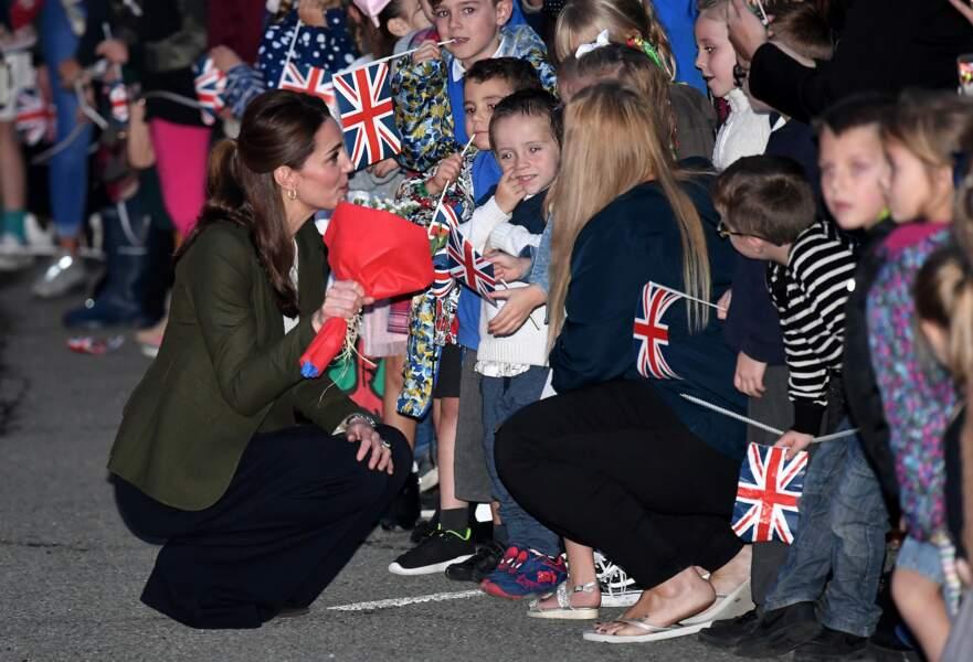 Kate Middleton très demandée lors de son déplacement à Chypre, décembre 2018