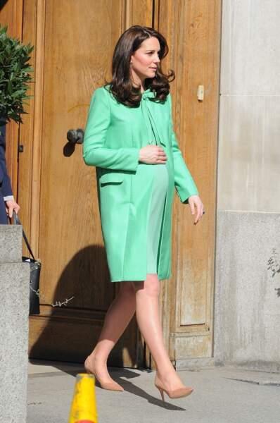 C'est probablement la naissance la plus attendue de l'année: fille ou garçon pour Kate Middleton et son prince?