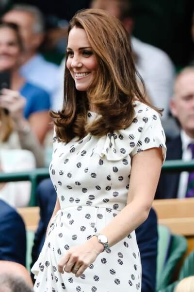 Kate Middleton en robe à pois Jenny Packham, à Wimbledon, le 14 juillet 2018