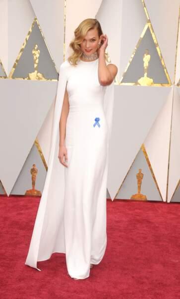 Karlie Kloss à la cérémonie des Oscars le 26 février 2017