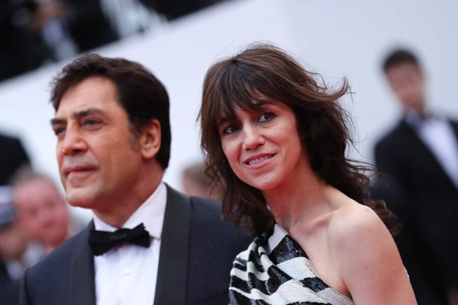 Charlotte Gainsbourg et son dégradé glam et rock, aux côtés de Javier Bardem à Cannes le 14 mai 2019