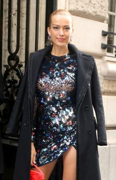"""Petra Nemcova au défilé de mode """"Elie Saab"""", collection Haute-Couture printemps-été 2018, à Paris"""