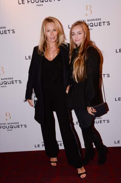 Estelle Lefébure et Emma Smet à l'inauguration de l'Hôtel Fouquet's Barrière à Paris le 14 septembre 2017