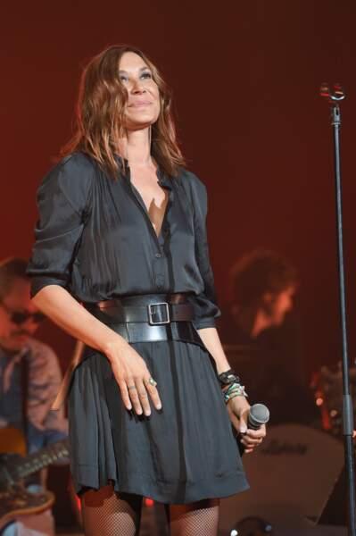 Zazie (54 ans), lors d'un concert en faveur de l'association A.N.R. au Casino de Paris, en 2018