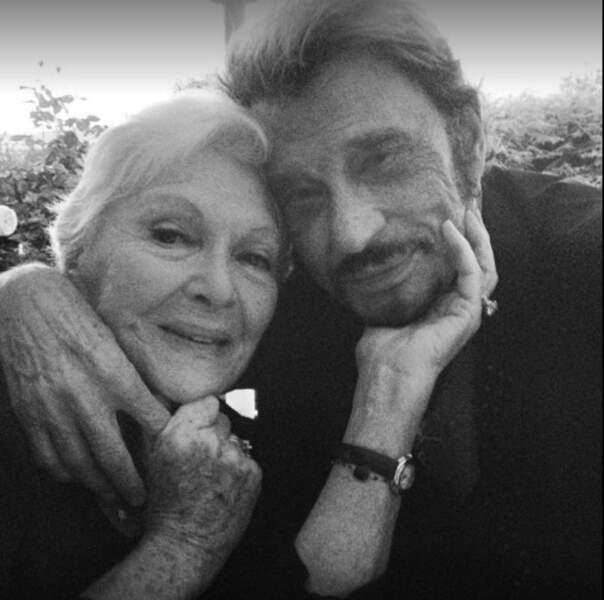 Avec Line Renaud, sa marraine de scène. Juillet 2012