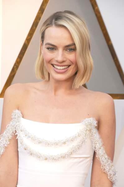 Margot Robbie : un blond clair presque polaire très réussi