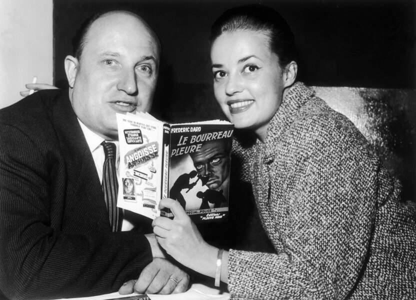 """1957, membre du jury elle décerne à Fréderic Dard le grand prix pour son roman """"Le bourreau pleure"""""""