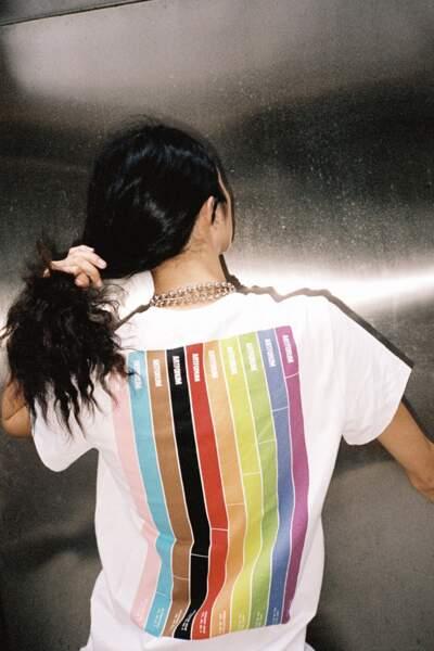"""Le tte-shirt Pride Month"""" de Helmut Lang"""