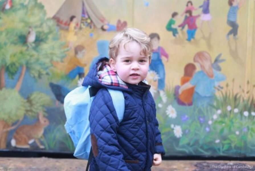 Prince George fait sa première rentrée à l'école (janvier 2016)