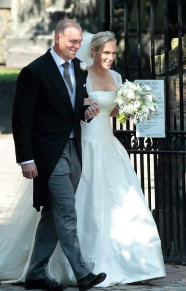 Mike Tindall et Zara Phillips (en robe Stewart Parvin) lors de leur mariage à Edimbourg le 30 juillet 2011