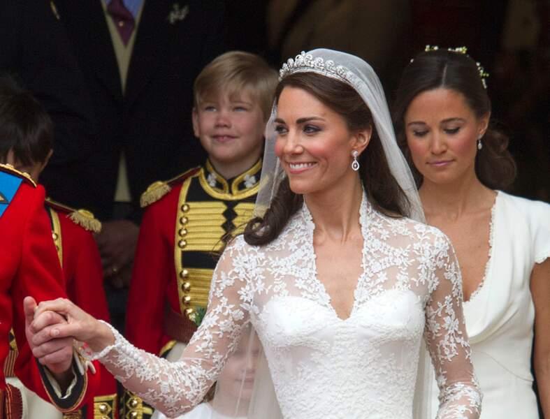 Kate Middleton, cheveux lâchés avec des anglaises