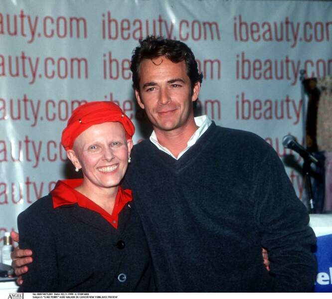 Luke Perry à New York avec une patient atteint d'un cancer