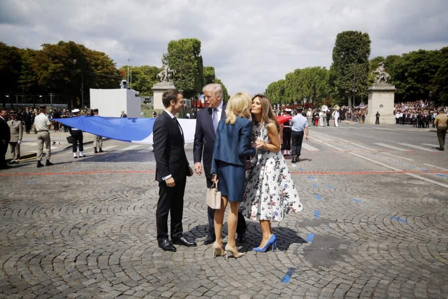 Brigitte Macron et Melania Trump semblent assez proches