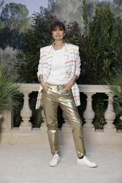 Caroline de Maigret au défilé Chanel au Grand Palais lors de la Fashion Week Haute Couture.