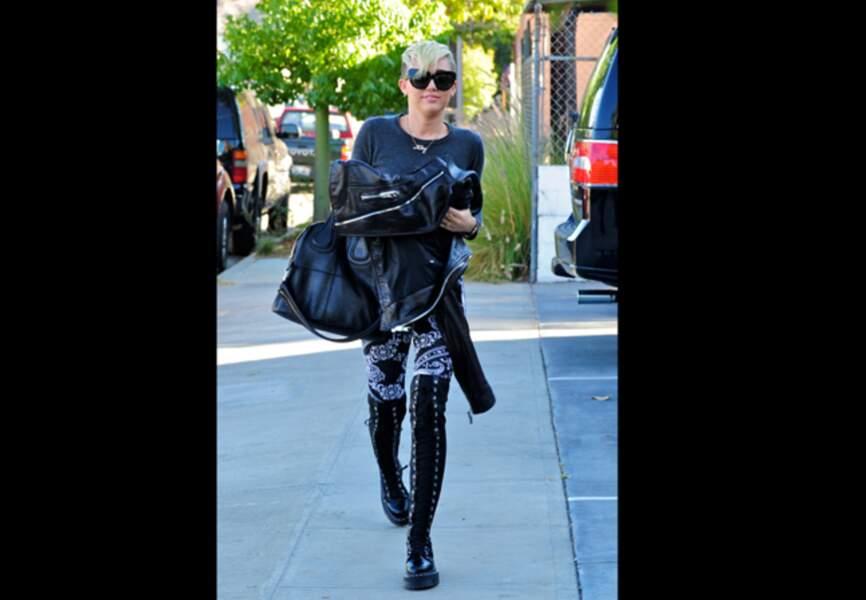 Version godillots à lacets pour Miley Cyrus