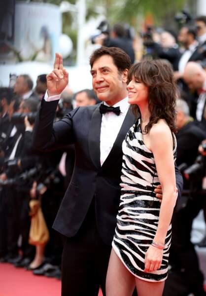 Aussi timide que ténébreux, Charlotte Gainsbourg et Javier Bardem étaient très à l'aise devant les photographes