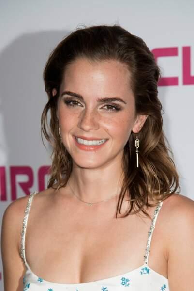 Emma Watson : une robe bohème et des cils d'enfer à l'UGC Normandie pour la première de son film The Circle