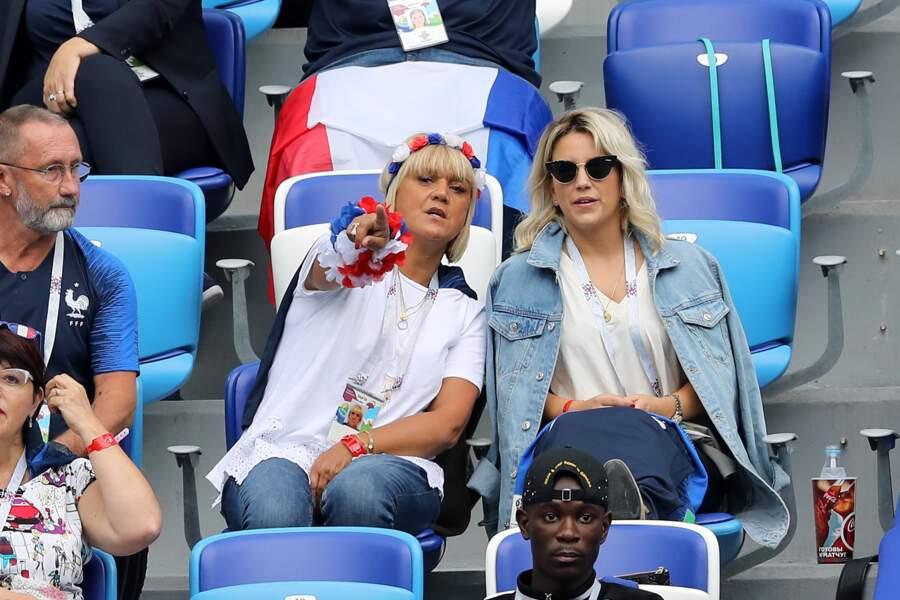 Le femme d'Antoine Griezmann, sans le maillot de son époux, et sa belle-mère