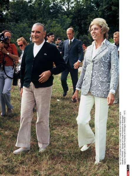 En compagnie de son mari Georges, Claude Pompidou aimait porter le pantalon.