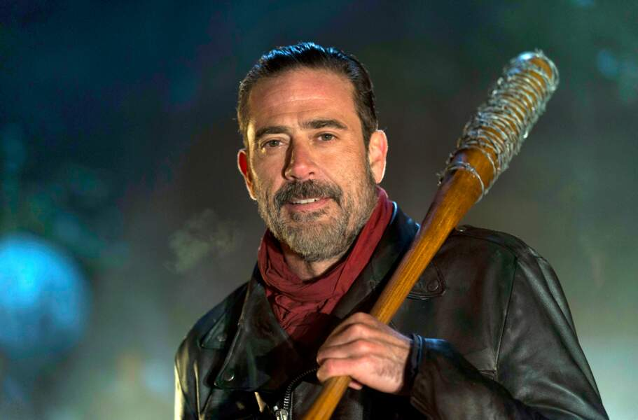 Dans The Walking Dead, son personnage fut confronté au terrible Negan, incarné par Jeffrey Dean Morgan