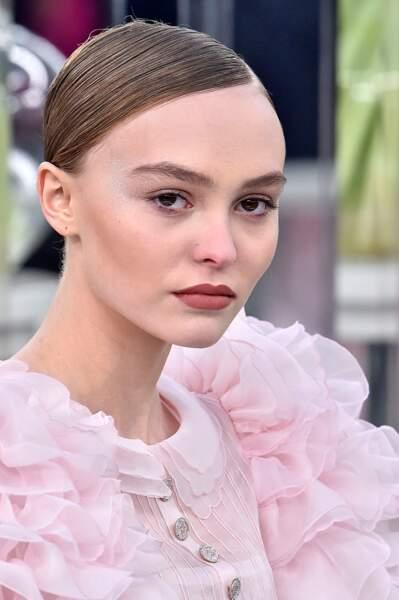 L'ultra plaqué rétro de Lily Rose chez Chanel