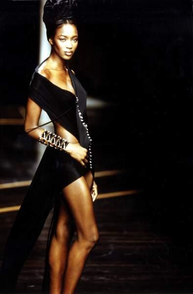 Naomi Campbell en 1999