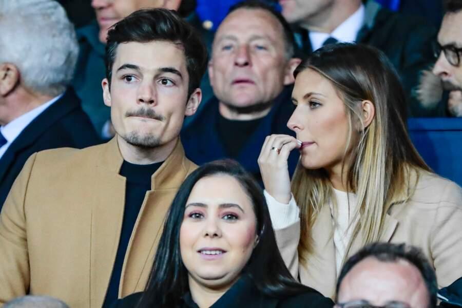 Camille Cerf s'est rendue avec son chéri à un match du PSG au Parc des Princes, ce mercredi 3 avril