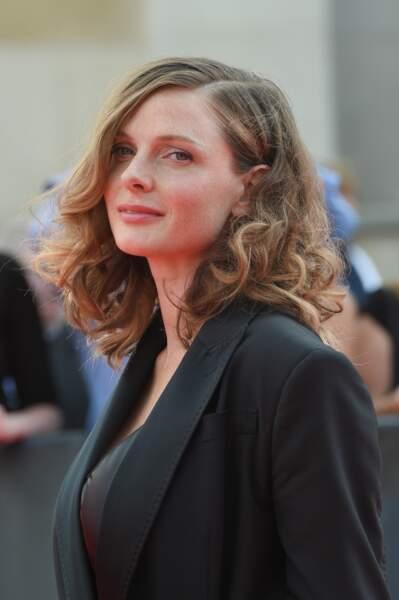 """Rebecca Ferguson à l'avant-première mondiale de """"Mission: Impossible Fallout"""" sur la place du Trocadéro à Paris."""