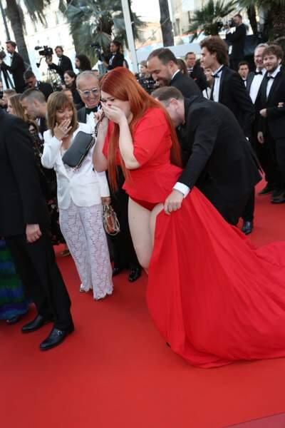 L'invitée en culotte a pu bénéficier d'un sacré coup de main sur le tapis rouge du film Capharnaum